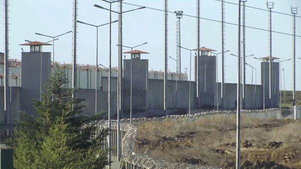 Turchia:  al via il processo sulla strage di Capodanno