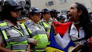 Una delle foto più significative delle proteste in Venezuela