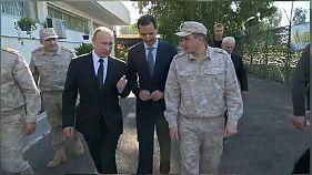 ضابط روسي يمنع الأسد من اللحاق ببوتين في مطار حميميم