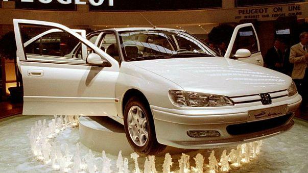 المغرب: توقيع اتفاقيات ب1.2 مليار يورو في مجال صناعة السيارات