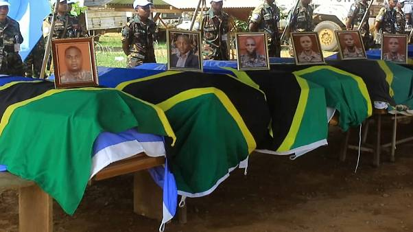 Hommage aux 14 casques bleus tués en RDC