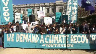 Court hears teens' climate change lawsuit against Trump