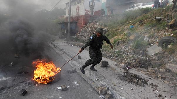 Crescem acusações de fraude nas Honduras