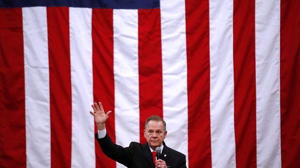 Sénatoriale en Alabama : le sulfureux Roy Moore s'accroche