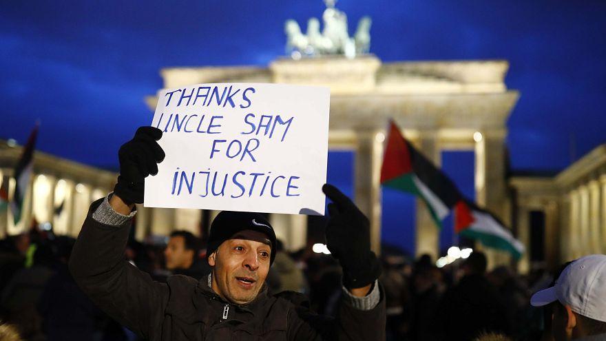 """L'Allemagne a """"honte"""" après les dérapages antisémites du weekend"""