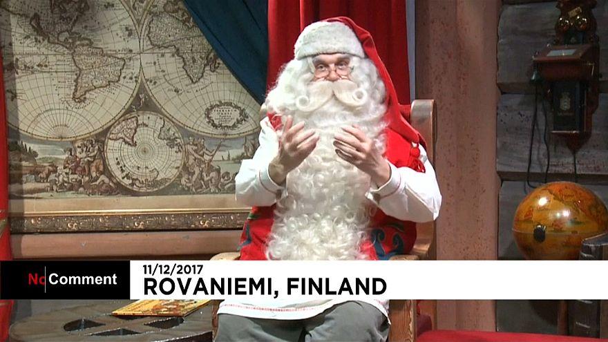 'Noel Baba Köyü' ziyaretçi akınına uğruyor