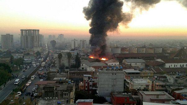 Adana'da kullanılmayan fabrikada yangın çıktı