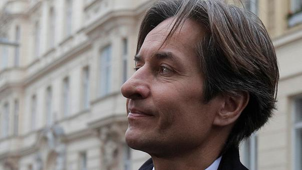 Karl-Heinz Grasser bei der Ankunft am Gerichtsgebäude