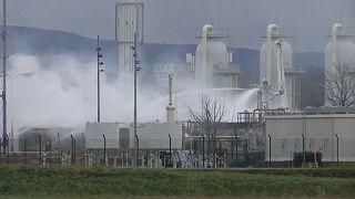 Explosão em refinaria na Áustria deixa Itália em estado de emergência