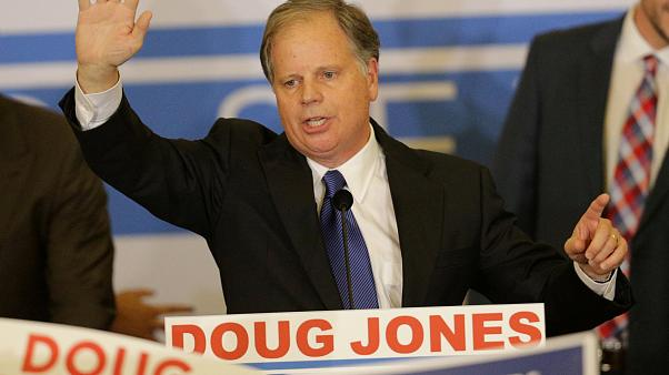Doug Jones, vainqueur démocrate Alabama