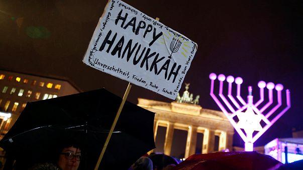 Chanukka-Fest vor dem Brandenburger Tor