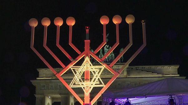 Ханука в Берлине на фоне вспышки антисемитизма