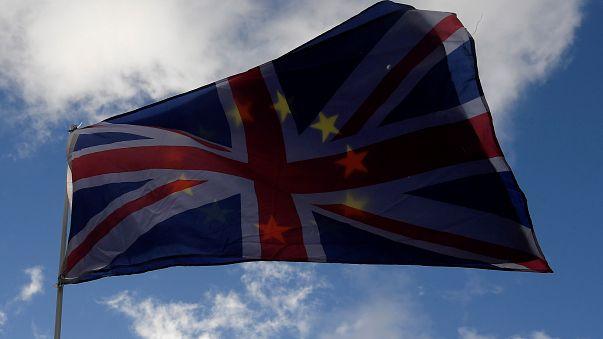 Az Európai Parlament támogatja a brexit-tárgyalások újabb fordulójának megkezdését