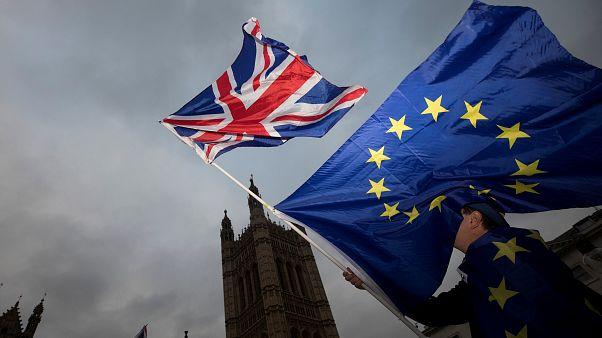 Πράσινο φως από το Ευρωκοινοβούλιο στις διαπραγματεύσεις για το Brexit