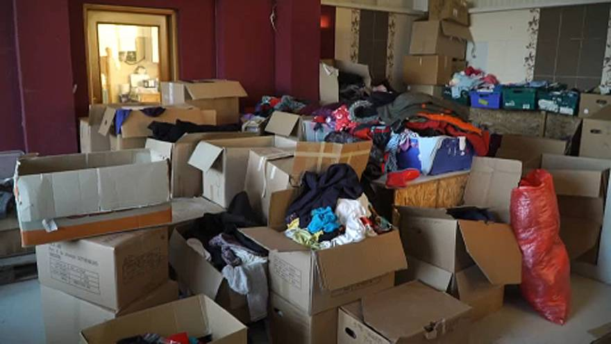 Migrantes e refugiados recebem apoio na ilha de Lesbos
