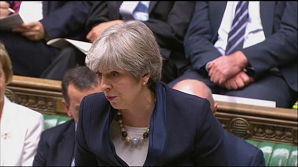 Theresa May sofre primeira derrota na Câmara dos Comuns
