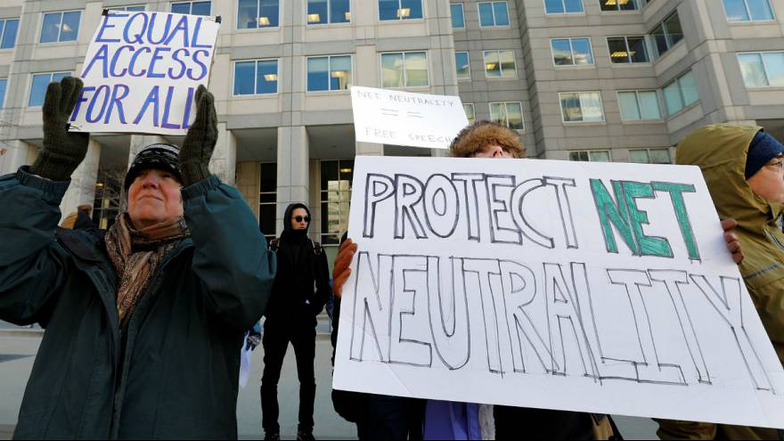 U.S. agency to vote on reversing net neutrality rules