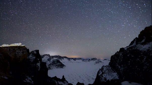 Çin'de görkemli meteor yağmuru