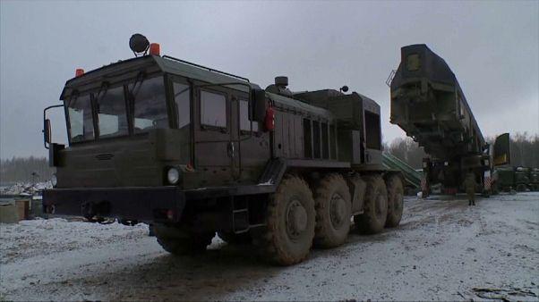 روسيا تحدث مجموعة الصواريخ الاستراتيجية