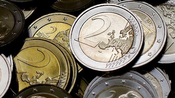 Miért nincs még eurónk?