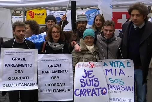 Italians win right to refuse end-of-life care
