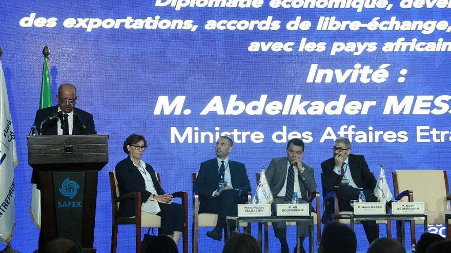 الخطوط الملكية المغربية ترفع دعوة قضائية في فرنسا ضد مساهل
