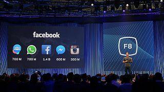 """فيسبوك يطلق وحدة إعلانية جديدة """"Click-to-WhatsAp"""