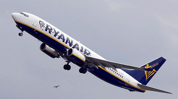 Ryanair to recognise pilot unions in historic move to stop strike