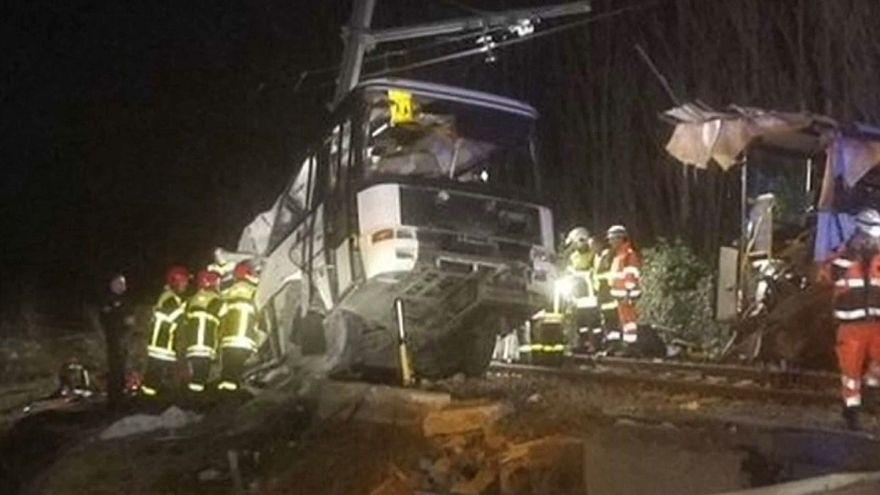 Quatro mortos em acidente com autocarro escolar em Perpignan
