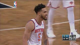 Los Knicks se imponen a los Nets en el derbi 104-111
