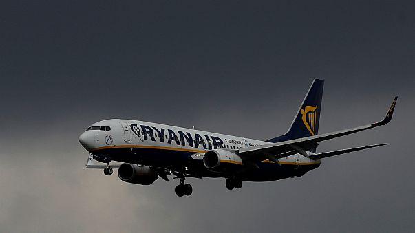 Ryanair recua, mas protestos do setor aéreo civil mantém-se em Itália