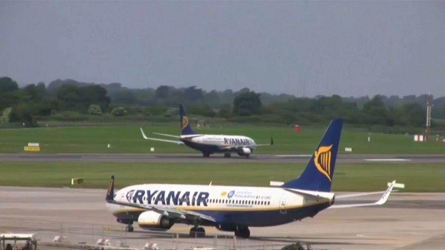 Ryanair cambia su política y reconocerá a los sindicatos de pilotos