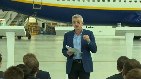 Ryanair offers to recognise pilot unions