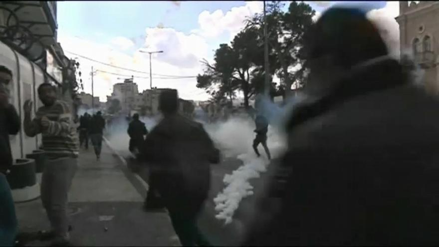 """Sangre y duelo palestinos en un nuevo """"viernes de la ira"""" contra Trump"""