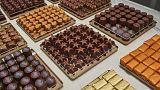 """بعض الشوكولاتة المعروضة بمتجر """"غريواتي"""" في العاصمة المجربة"""