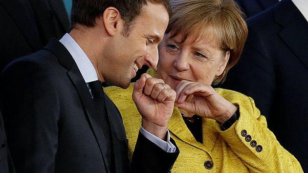 """Merkel y Macron: los """"reyes de la UE"""" ponen en escena su sintonía en el Consejo Europeo"""