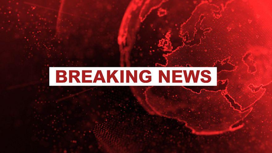 Amsterdam Havaalanı'nda bıçaklı saldırgan paniği