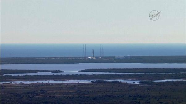 SpaceX запустила в космос ракету Falcon 9