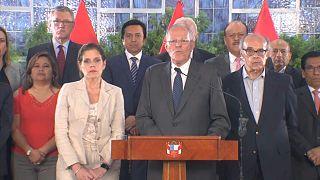 Presidente do Peru enfrenta destituição por escândalo Odebrecht