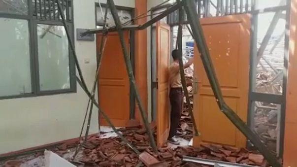 Földrengés Indonéziában