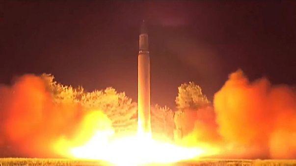Tillerson: Para haver negociação, Coreia tem de dar o primeiro passo