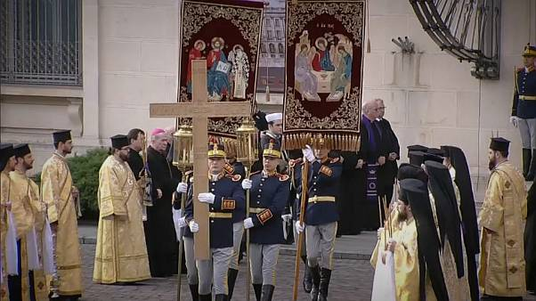 Funeral of Romania's King Michael draws big crowds in Bucharest