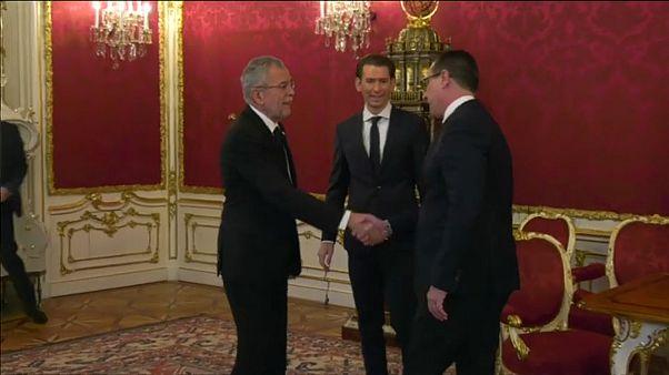 Австрия: президент готов привести к присяге новое правительство