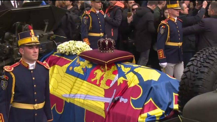 Los rumanos despiden a su último rey, Miguel I