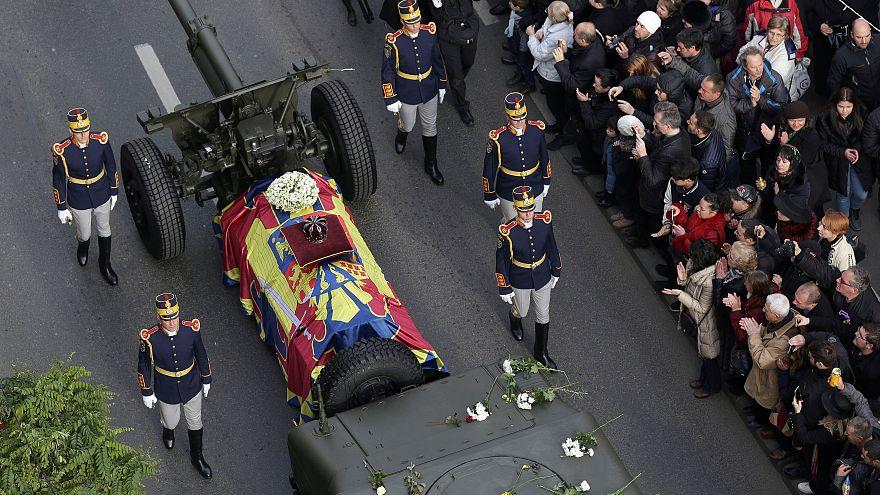Romanya, eski kralıyla vedalaştı