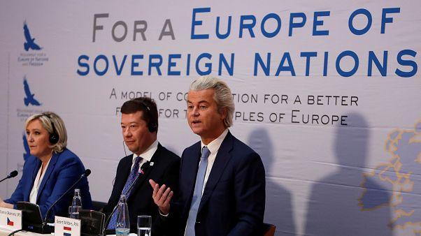 "Rechtspopulisten in Prag: EU ""katastrophale Organisation"""