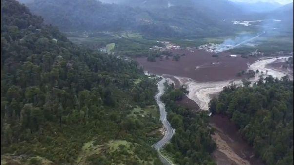 Deadly landslide razes Chilean tourist village