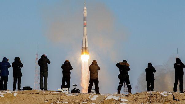 3 Mann auf dem Weg zur ISS