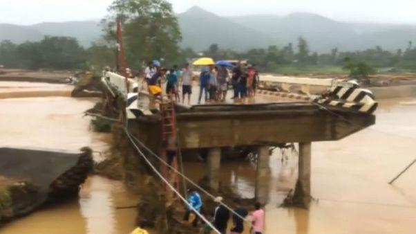 Filippine, tempesta tropicale provoca 26 morti