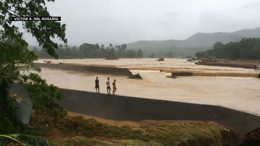 Filipinler'de toprak kayması can aldı